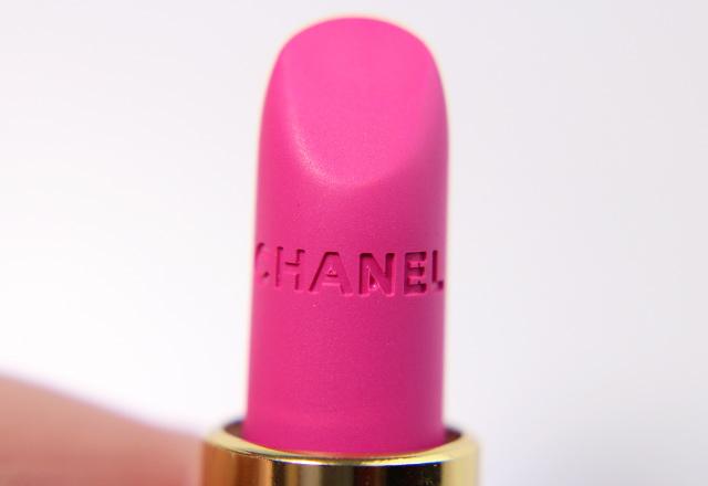 Chanel La Diva 44